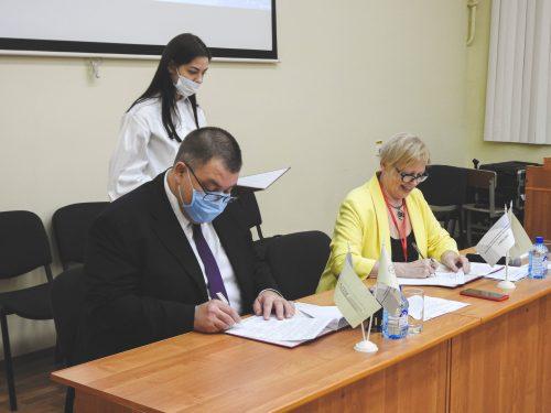"""Подписано Соглашение по образовательному проекту Ярославской области """"Специалист в сфере закупок"""""""